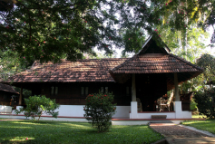 AUTHENTIC KERALA ARCHITECTURE